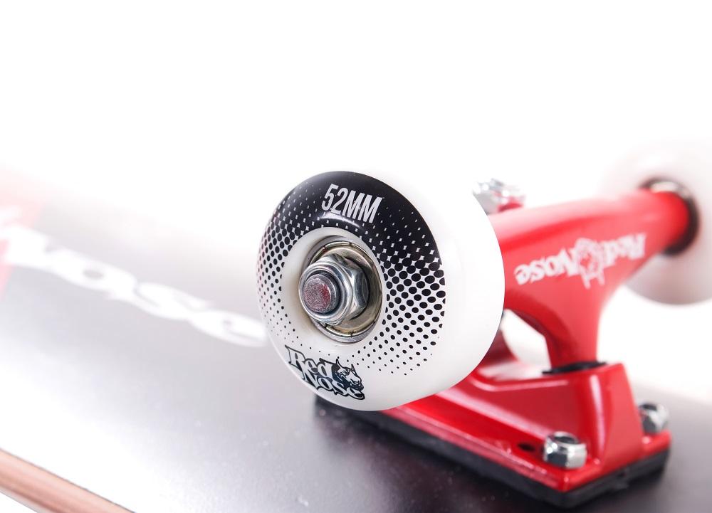 Skate Skateboard Red Nose Spot